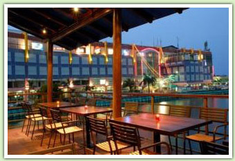 View Dinar Seafood Restaurant at jl. Pluit Raya